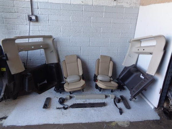 Discovery 2 Dickie Seats 3rd Row Conversion Cream Leather Land Rover R04050