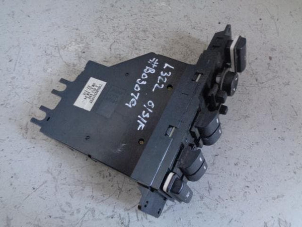 1998 - 2006 LAND ROVER FREELANDER 1 COMPLETE FUSE BOX YQE500330 UNDER BONNET