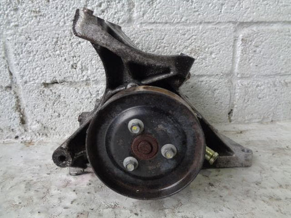 Discovery 2 Power Steering Water Pump Mount TD5 Land Rover XXX