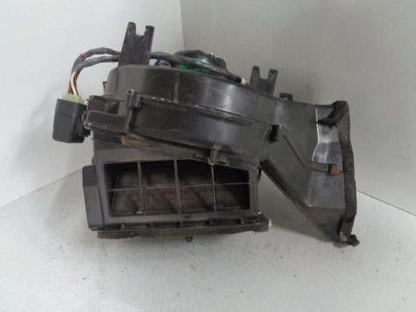 Discovery 2 Heater Blower Fan Box Matrix JNB000010 (1998-2004) #P31059