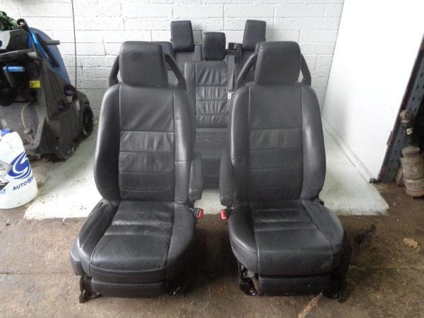 2009 Discovery 3 Seats Black Soft Leather x 7 With Fixings Land Rover P15120