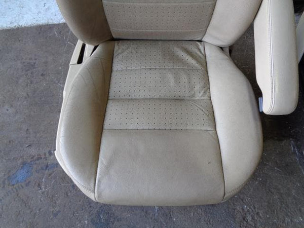 Discovery 3 Leather Seats X 7 Alpaca Manual Land Rover (2004-2009) #26039