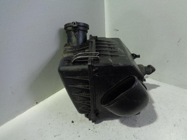 Discovery 2 Air Box Filter Housing TD5 15p Land Rover 2002 to 2004 B13010 XXX