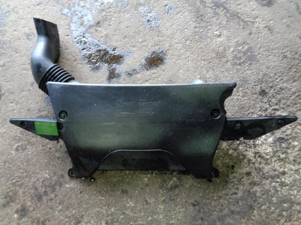 2001 - 2006 BMW X5 E53 3.0D FRONT SLAM PANEL AIR INTAKE DUCT 7785738 #3008