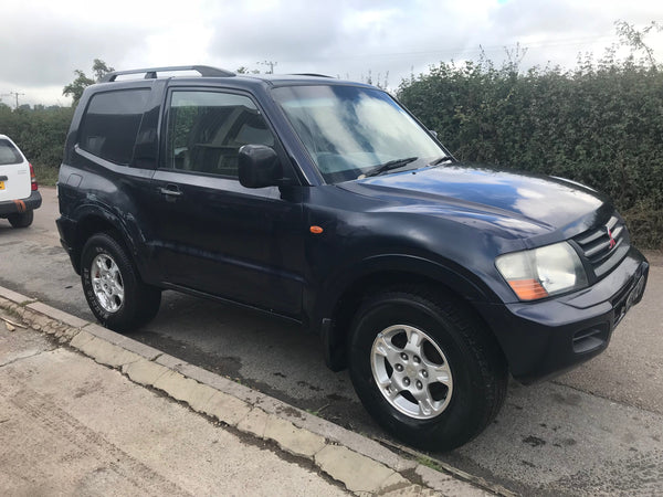 CURRENTLY BREAKING... 2002 MITSUBISHI SHOGUN SWB 3.2 DI-D MANUAL