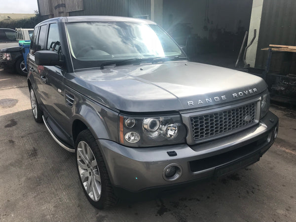 CURRENTLY BREAKING... 2009 RANGE ROVER SPORT HSE -  3.6 TDV8 DIESEL AUTO GREY