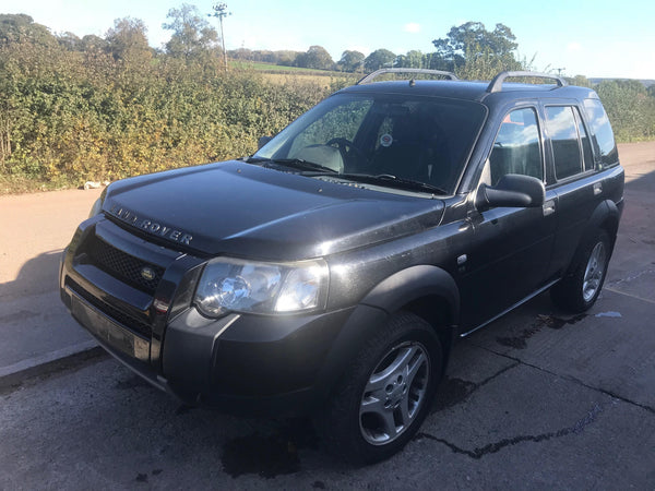 CURRENTLY BREAKING... 2005 FREELANDER 1 2.0 TD4 SE AUTOMATIC IN BLACK