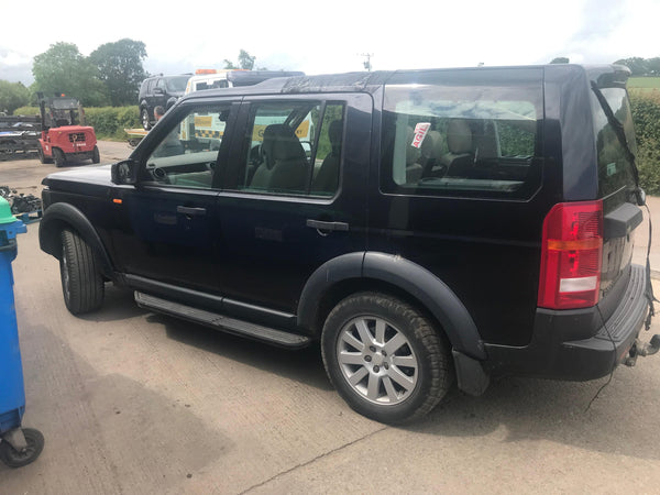 CURRENTLY BREAKING... 2004 LAND ROVER DISCOVERY 3 2.7 TDV6 SE MANUAL BLUE