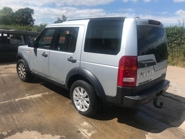 CURRENTLY BREAKING... 2006 LAND ROVER DISCOVERY 3 2.7 TDV6 SE MANUAL SILVER