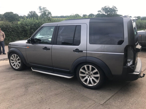 CURRENTLY BREAKING... 2007 LAND ROVER DISCOVERY 3 2.7 TDV6 HSE AUTO GREY
