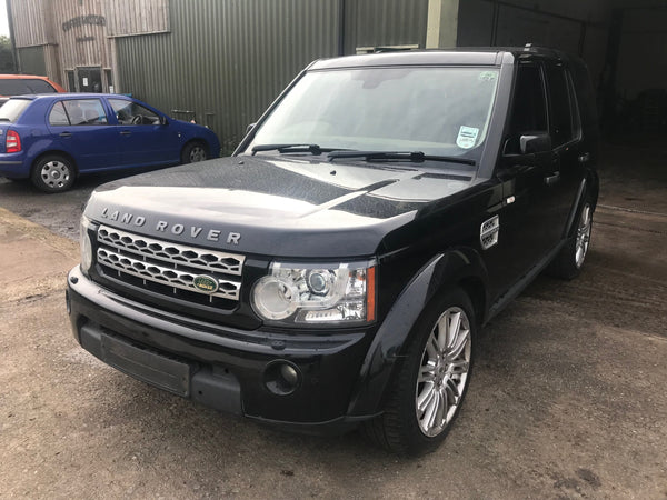 CURRENTLY BREAKING... 2009 LAND ROVER DISCOVERY 4 3.0 TDV6 HSE AUTO BLACK