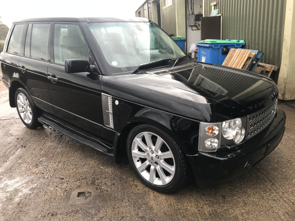 CURRENTLY BREAKING... 2004 RANGE ROVER L322 VOGUE 4.4i V8 PETROL/LPG AUTO