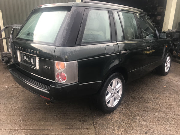 CURRENTLY BREAKING... 2002 RANGE ROVER L322 - 4.4i V8 VOGUE PETROL AUTO GREEN
