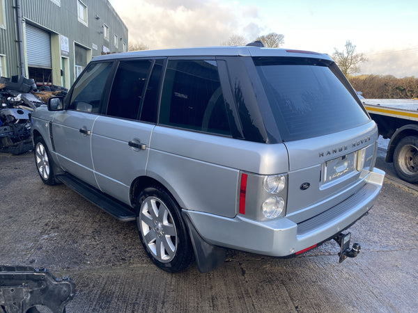 CURRENTLY BREAKING... 2006 RANGE ROVER L322 - 4.4i V8 VOGUE PETROL AUTO SILVER