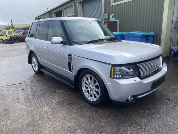 CURRENTLY BREAKING... 2004 RANGE ROVER L322 - 3.0 TD6 VOGUE DIESEL AUTO