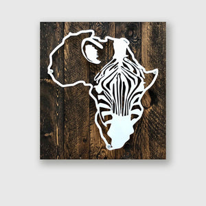 Metal zebra in Africa on upcycled wood pallet