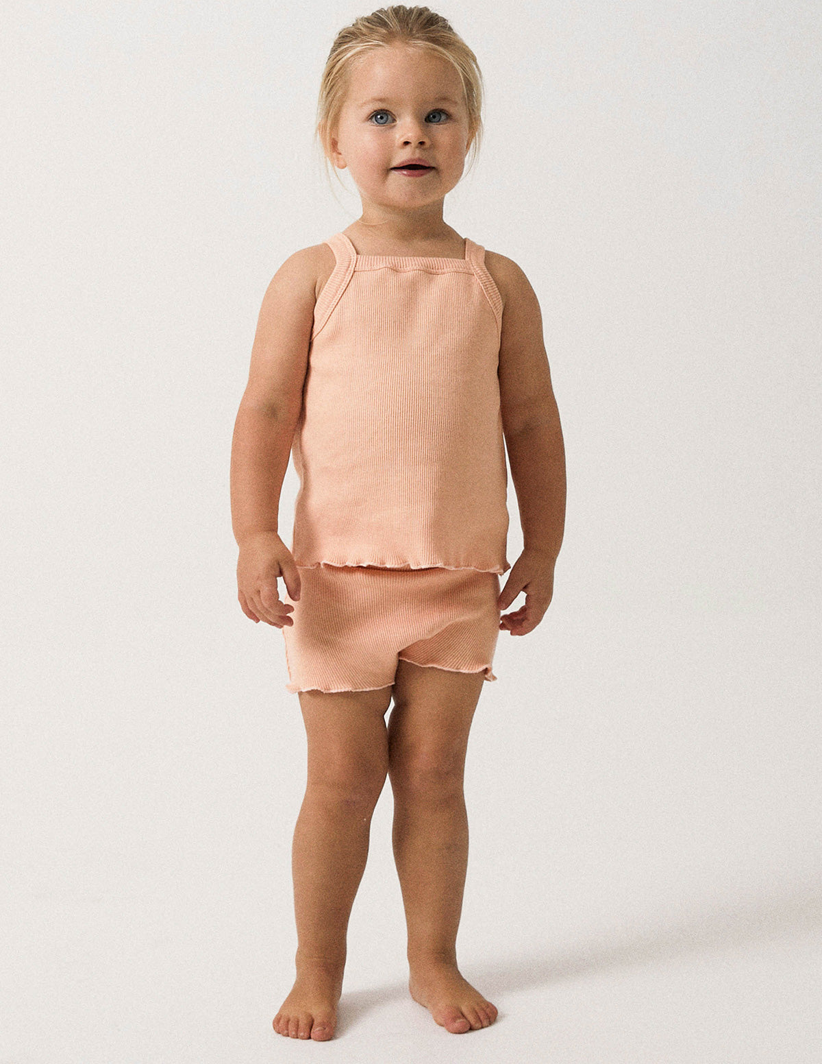 The Weekender Singlet Ensemble - Pink