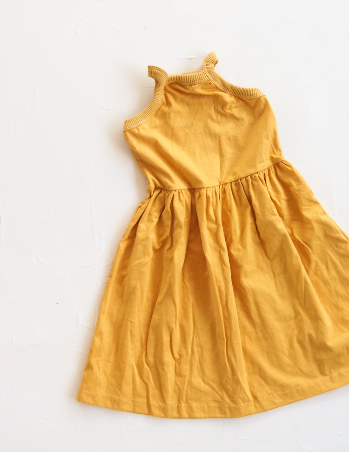 The Basic Dress - Golden