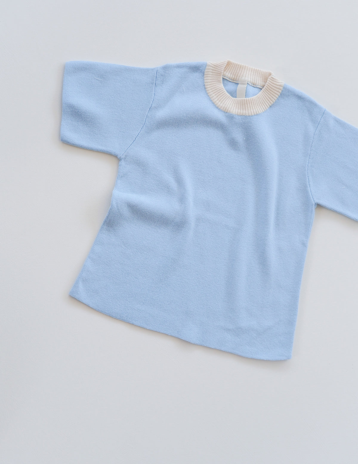 The Movement Tee - Blueberry/Natural
