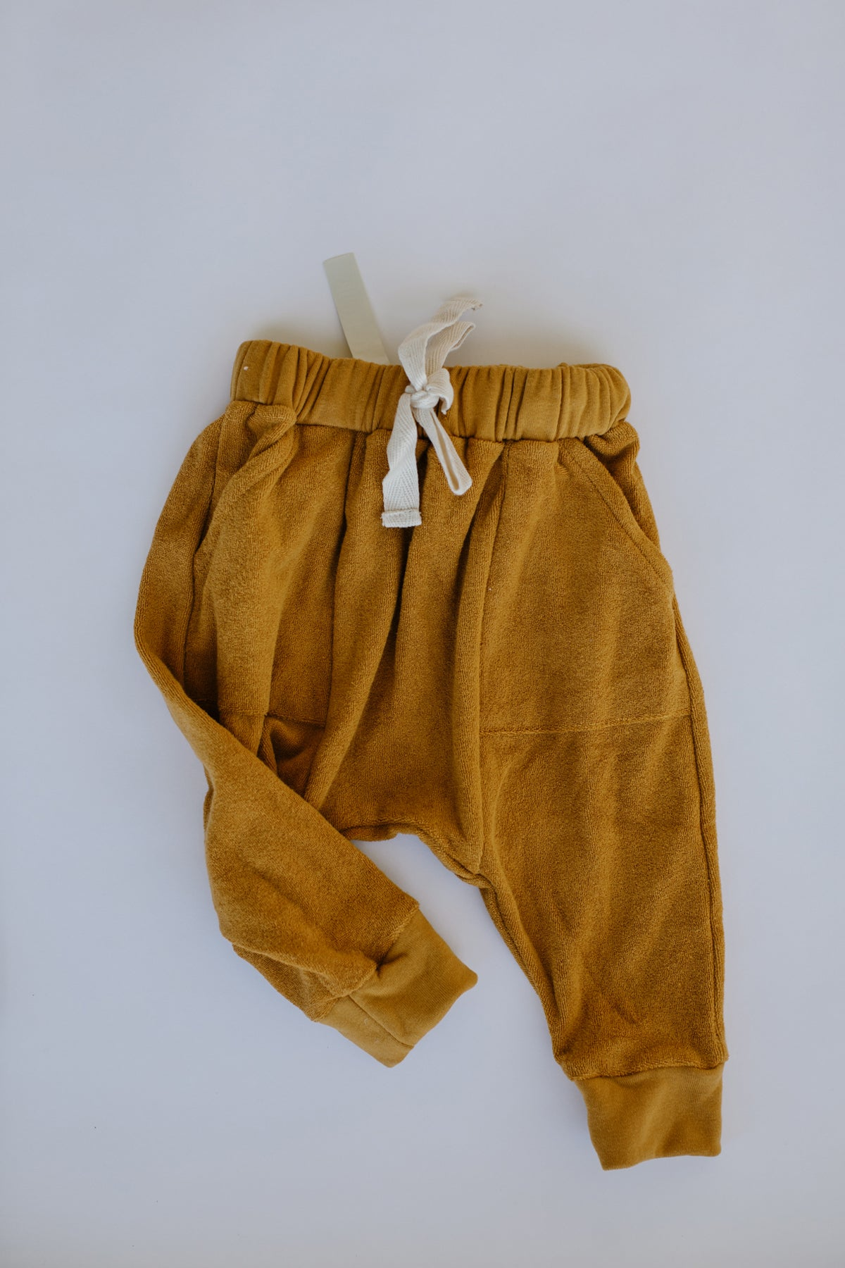the exclusive pant - golden
