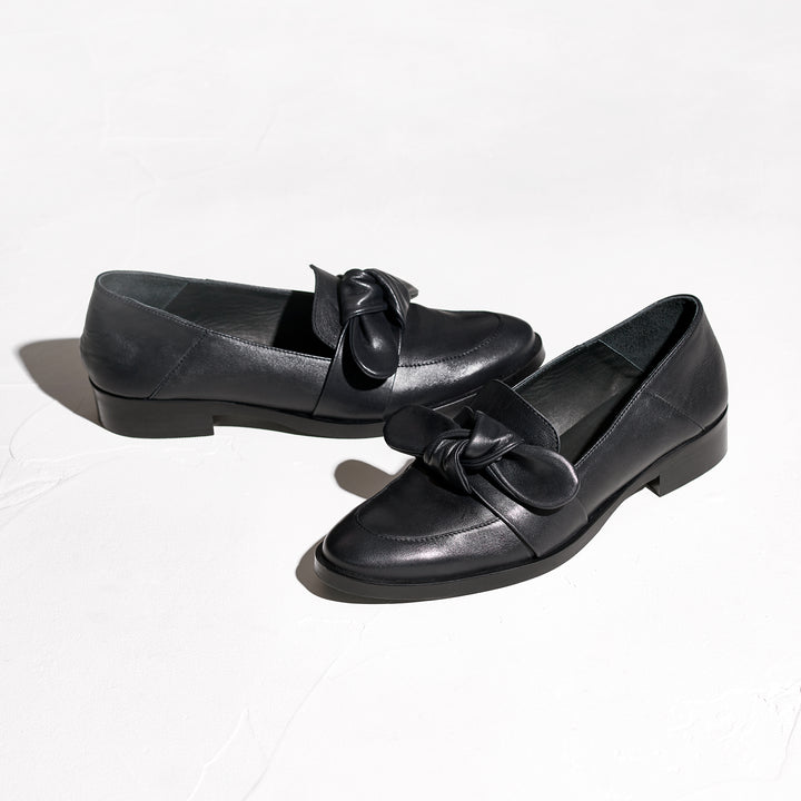 VALENCIA Black Leather