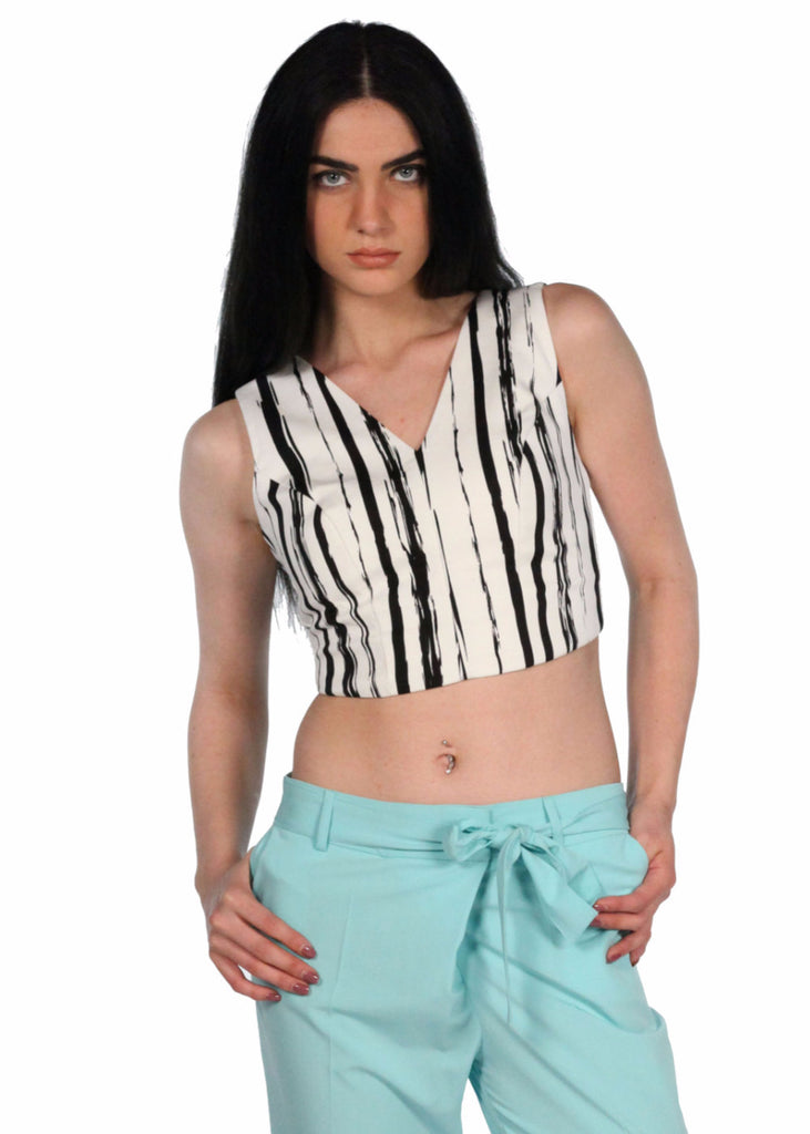 ADL V-neck Clip Back Crop Top