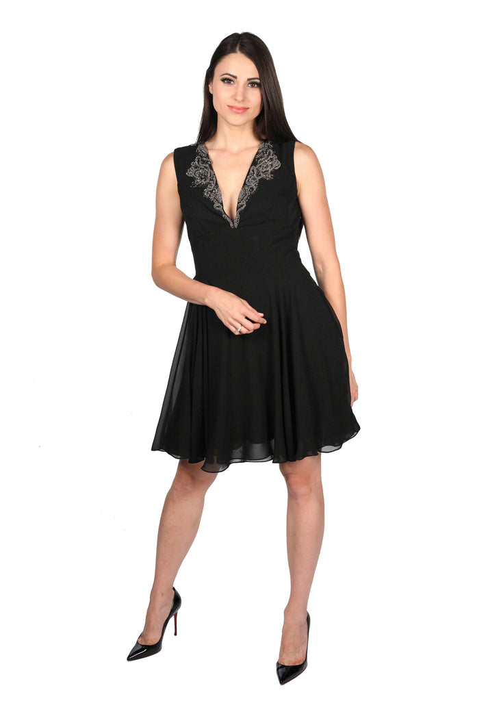 BALIZZA Detailed Beading V-neck Dress