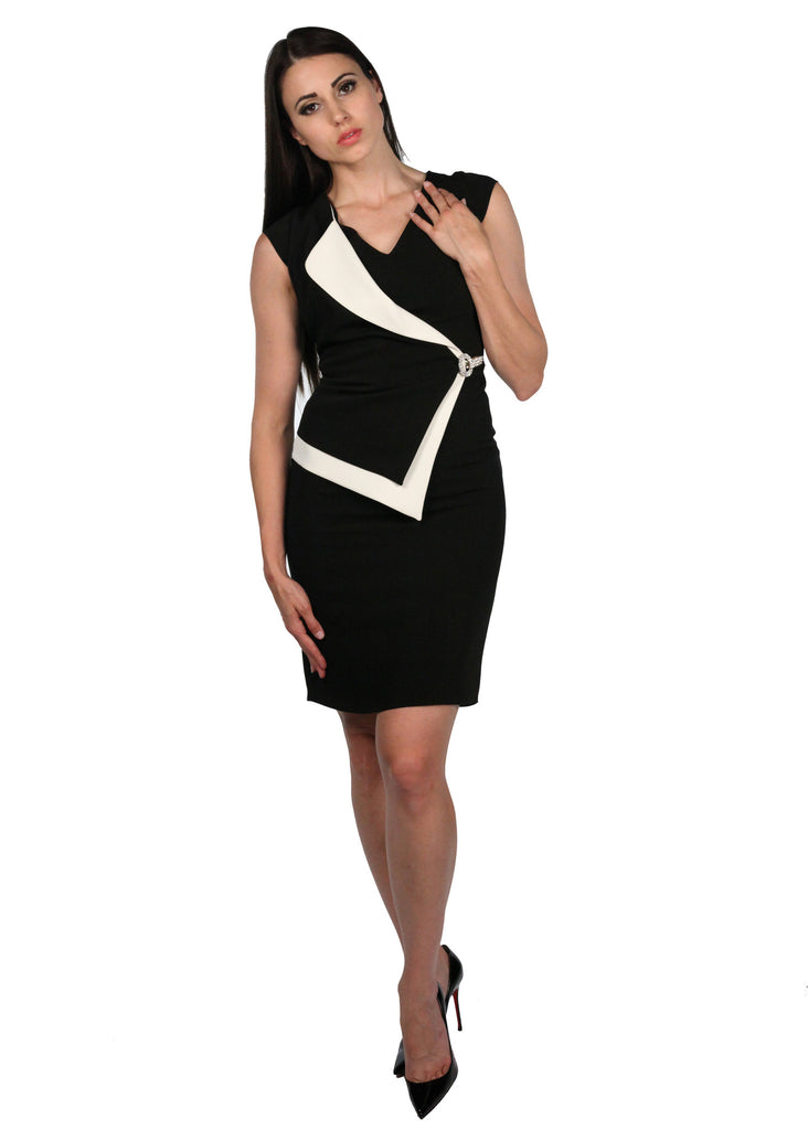 BENDIS V-neck Buckle Front Black & White Dress