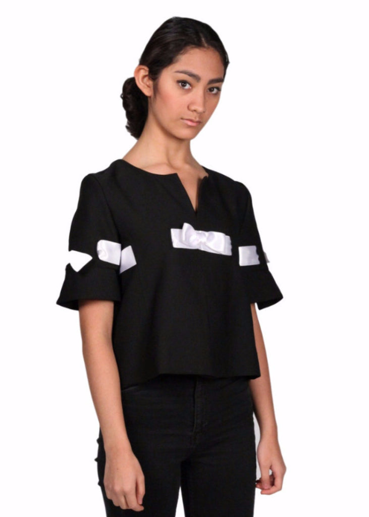 JEANNIE DARC Black Short Sleeve Bow Trim Top