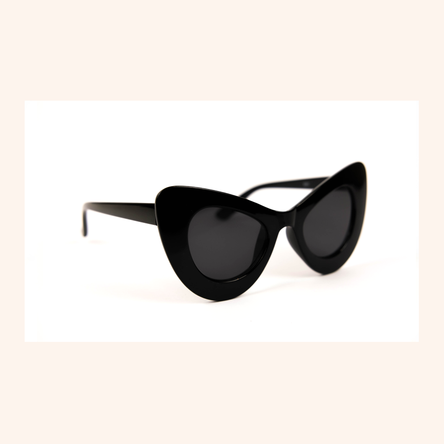 Cool Girls Club Rituals Collection Cat Eye Sunglasses (Black)
