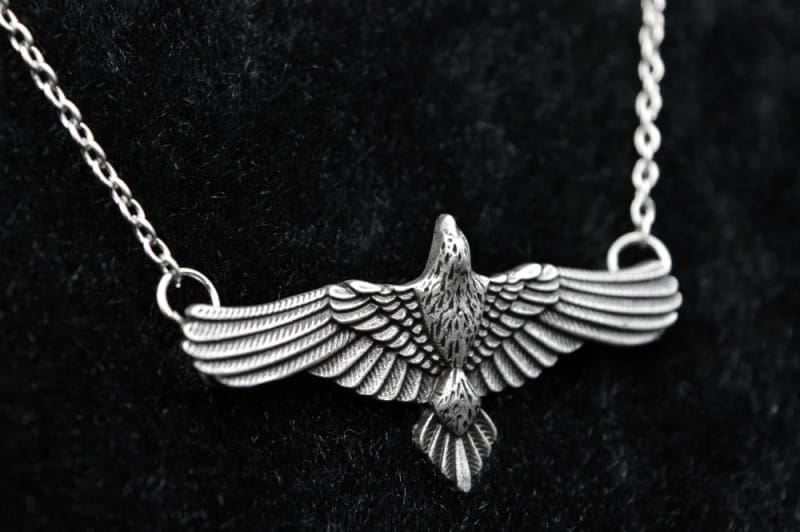 Antique Silver Flying Raven Huginn & Muninn Pendant - Pendant Necklaces Jewelry Vikings