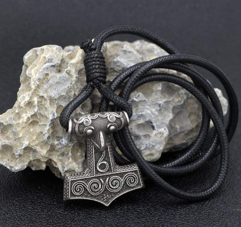 Thors Mjolnir Adjustable Leather Bracelet - Bracelet Vikings