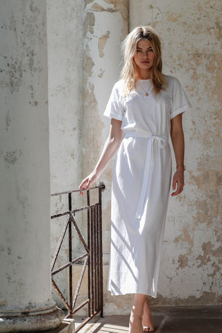 STAY CLOSE DRESS - WHITE