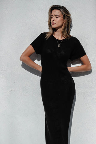 REALM KNITTED DRESS - BLACK
