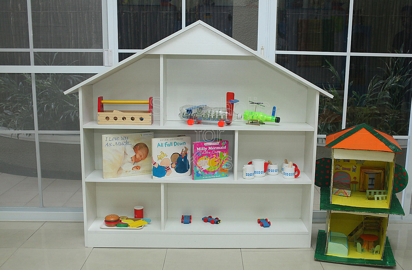 Shelf House with Divider - White - Shopaholic for Kids