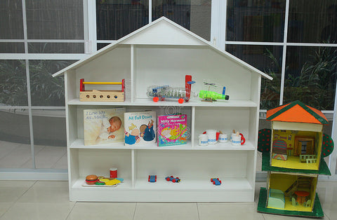 Shelf House with Divider - White