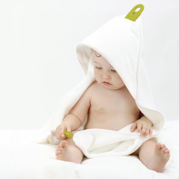 Puj Hug Infant Hooded Towel