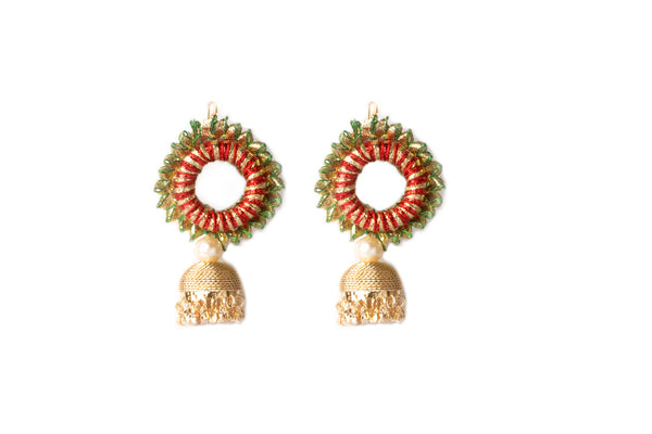 A pair of earrings in red and green gota lace IP/GJ/E-003