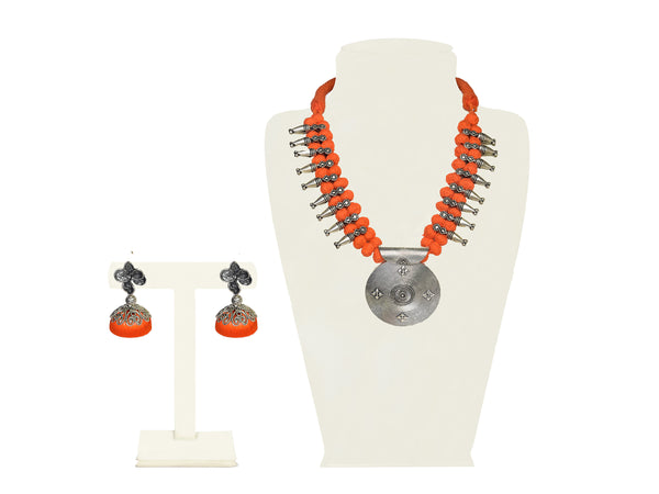 A half set in orange and silver IP/GJ/S-011