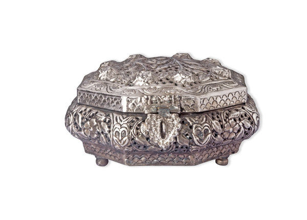 Metal silver coated box with a floral Tree of life design IP/GPS/M-002