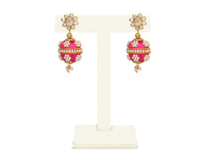 A pair of earrings in Fuschia pink, with a pearl top- IP/GJ/E-008