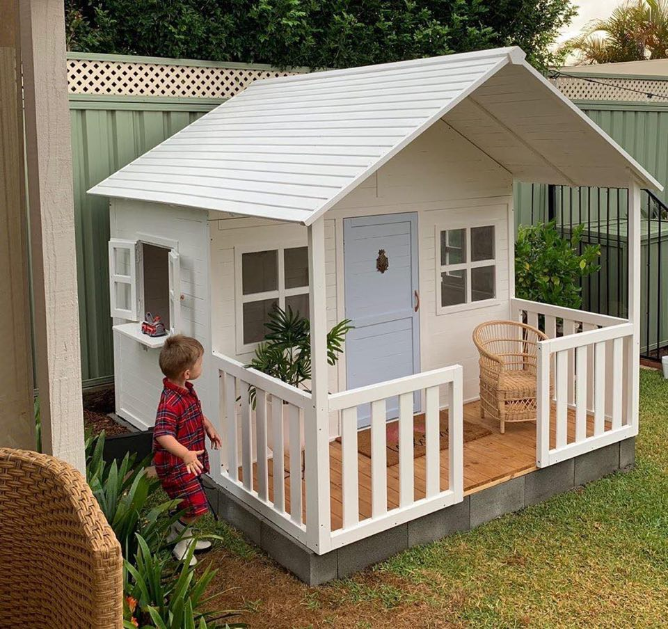 Barra Shack Cubby House -