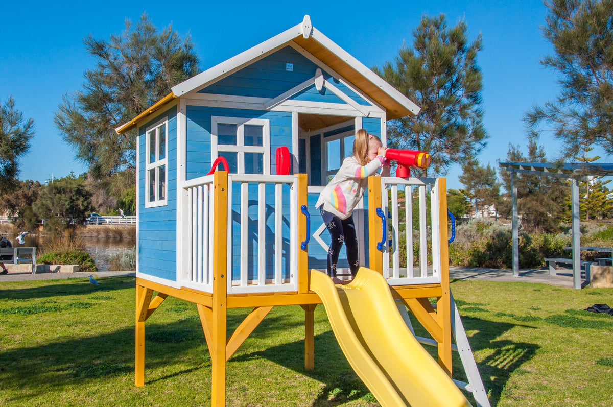 Kids Cubby house Beach Shack