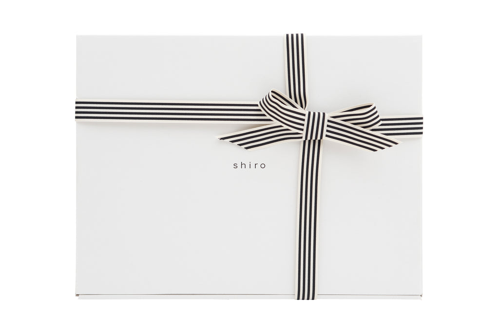 shiro GIFTBOX (BIG)