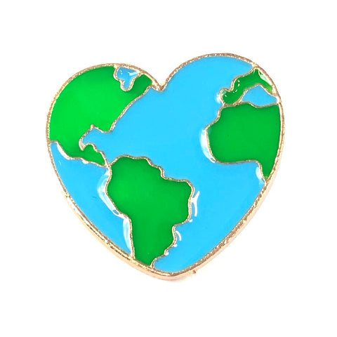I Love Earth Emaille Pin de planeet de aarde is afgebeeld in hartjes vorm