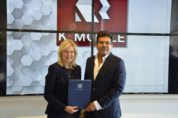 K-Mobile Welcomes Mayor Bonnie Crombie to Open First Mississauga Store