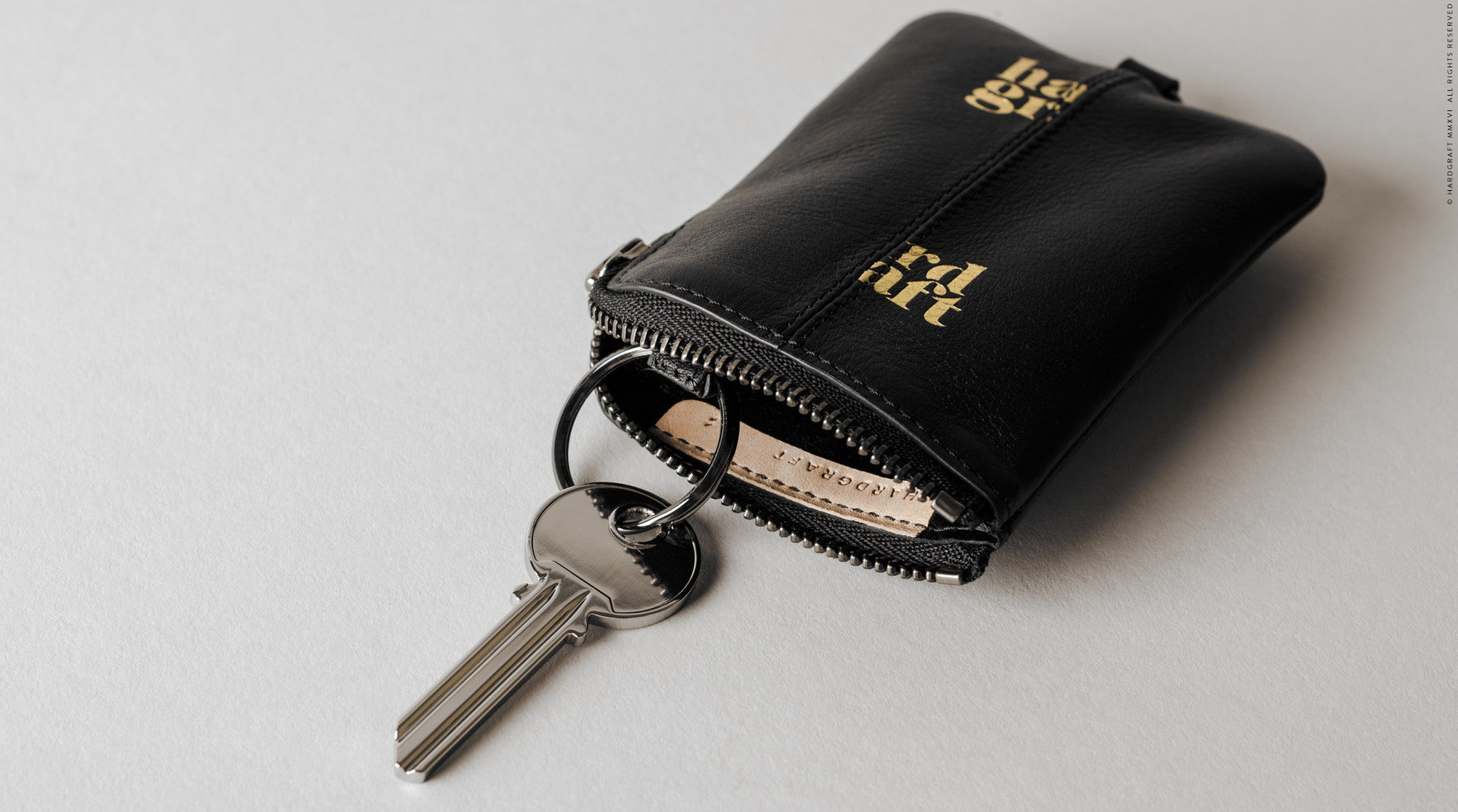 Zip Key . Black Oil