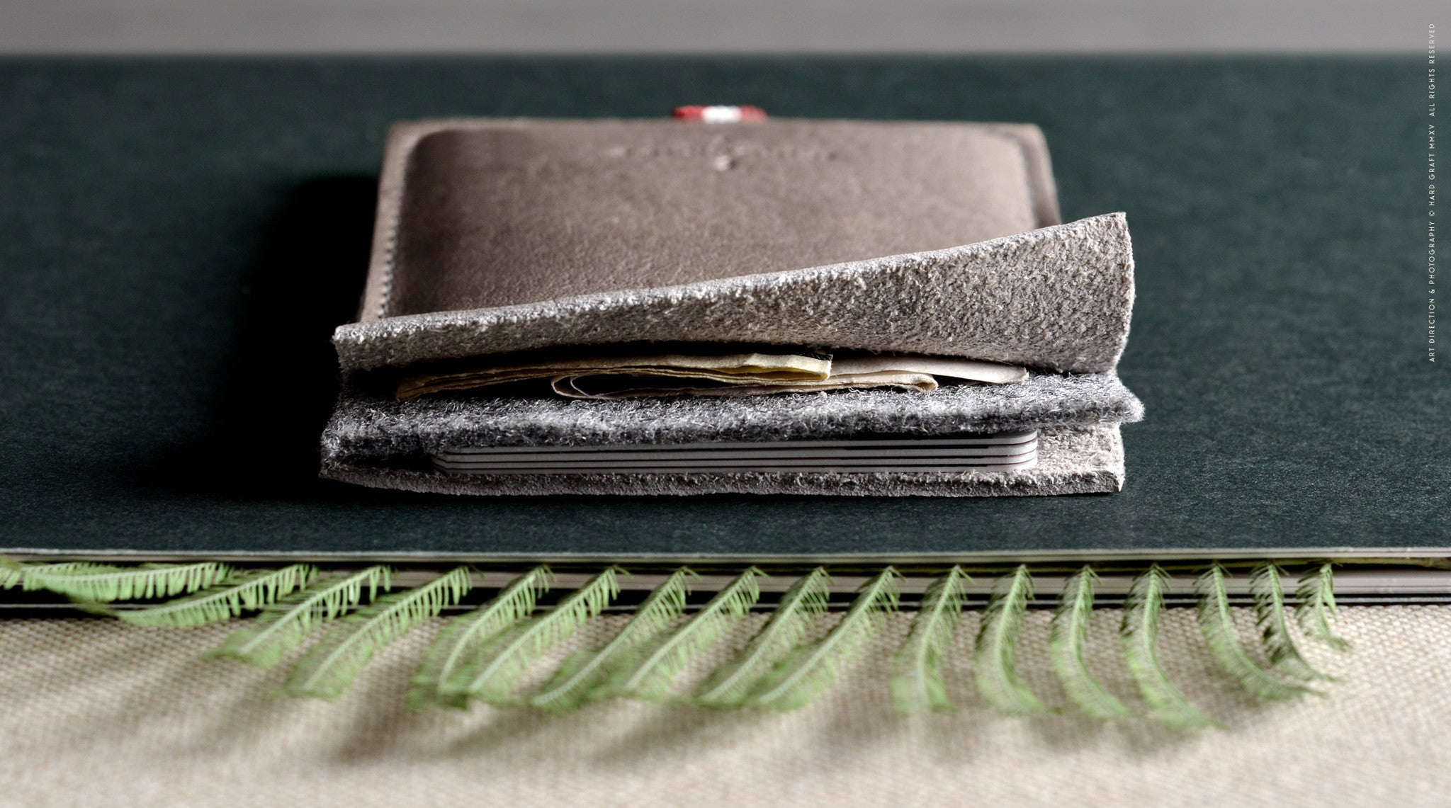 Wild Pocket Wallet . Off Grey