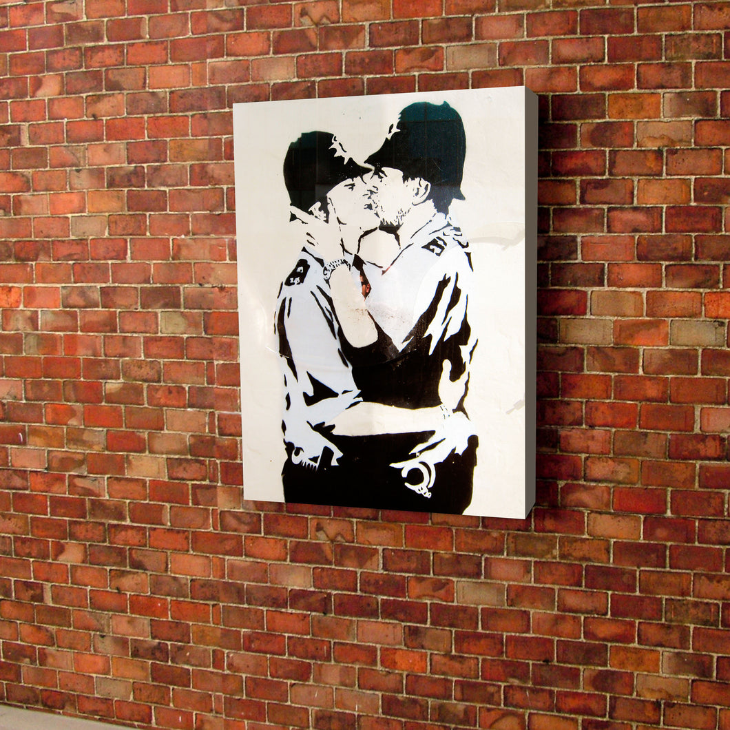 Banksy Kissing Police officers Canvas