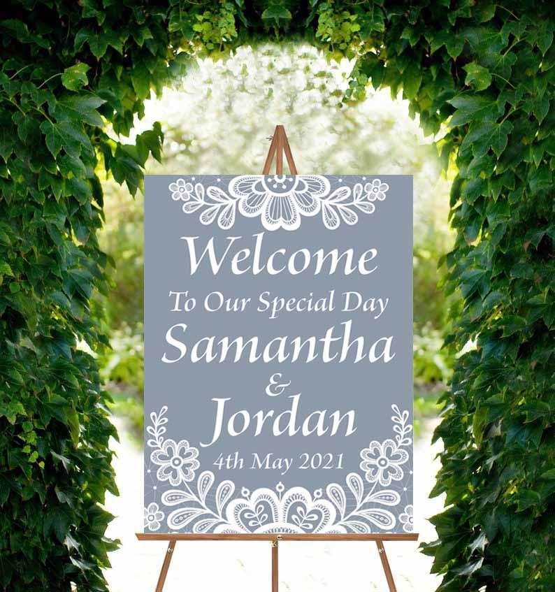 Wedding Welcome Sign - Classic Doilies
